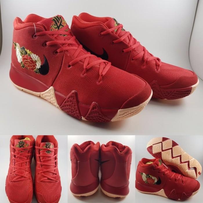 the latest a95d1 d7902 Jual Sepatu Basket Nike Kyrie Irving 4 Chinese New Year Flower Red Merah -  Kota Semarang - Isna Dzuhraidah Grosir | Tokopedia