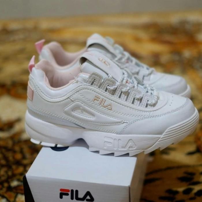 Jual Fila Disruptor II White Pink Premium Sneakers Sepatu Casual ... 7379b53b5b