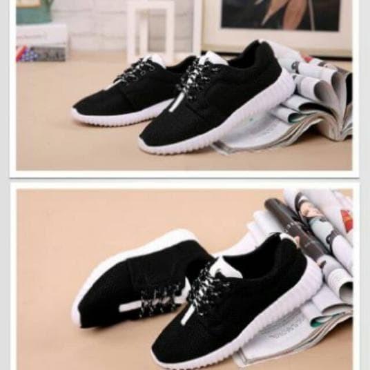 Sepatu wanita YZ HITAM