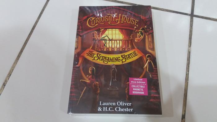harga Novel curiosity house #2: the screaming statue - lauren oliver Tokopedia.com