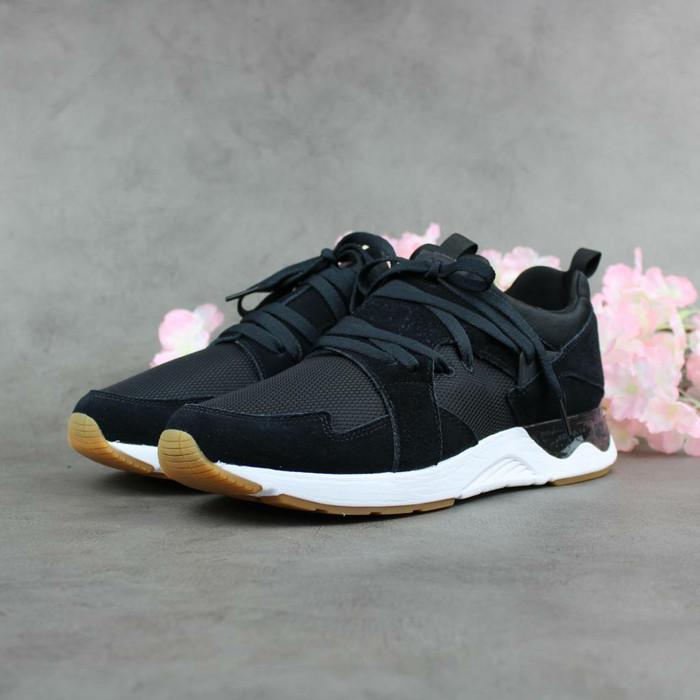 the latest 2b35a e69d1 Jual Asics Gel-Lyte V Sanze TR Black ORIGINAL Sneaker for Men - DKI Jakarta  - Rikedom STORE | Tokopedia