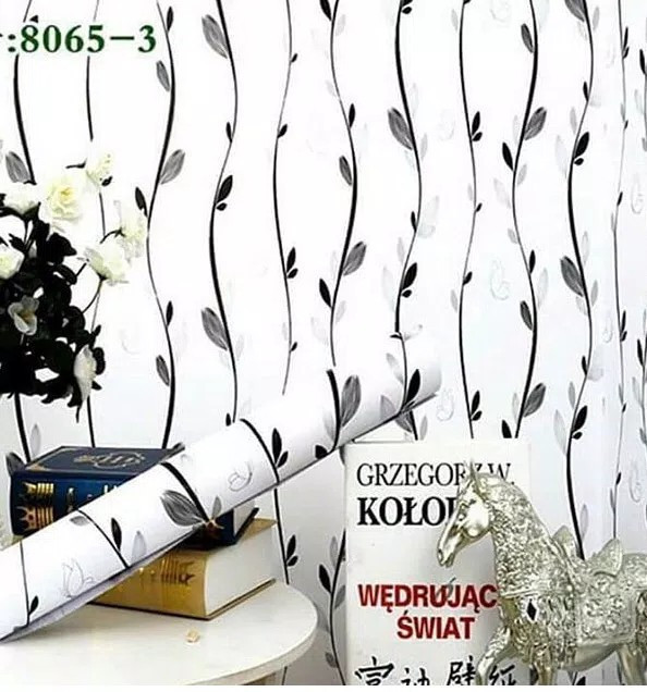 Foto Produk Wallpaper salur daun hitam 45 cm x 10 mtr || Wallpaper dinding dari dedengkot wallpaper