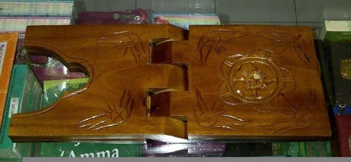 ... Rekal Al Quran ukuran lebar 18cm Tatakan dudukan Alquran