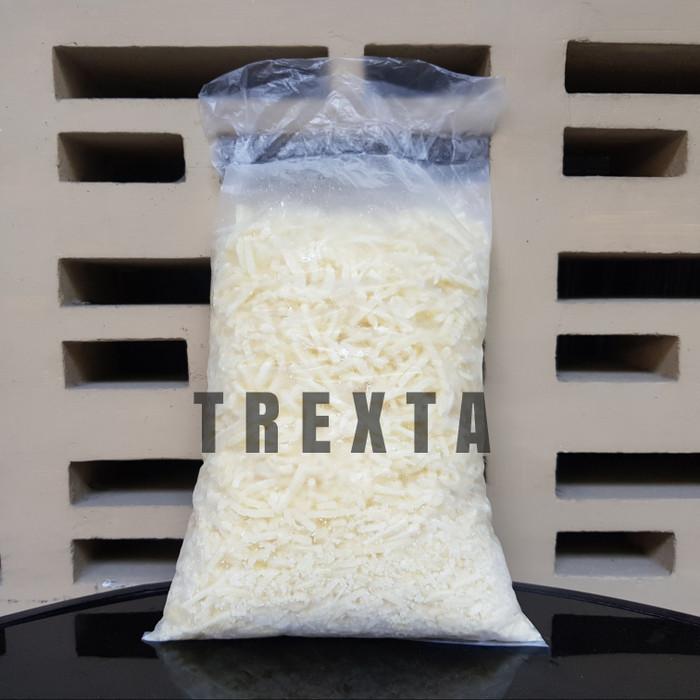 harga Mozzarella shredded / keju parut dairy partners (1kg) Tokopedia.com