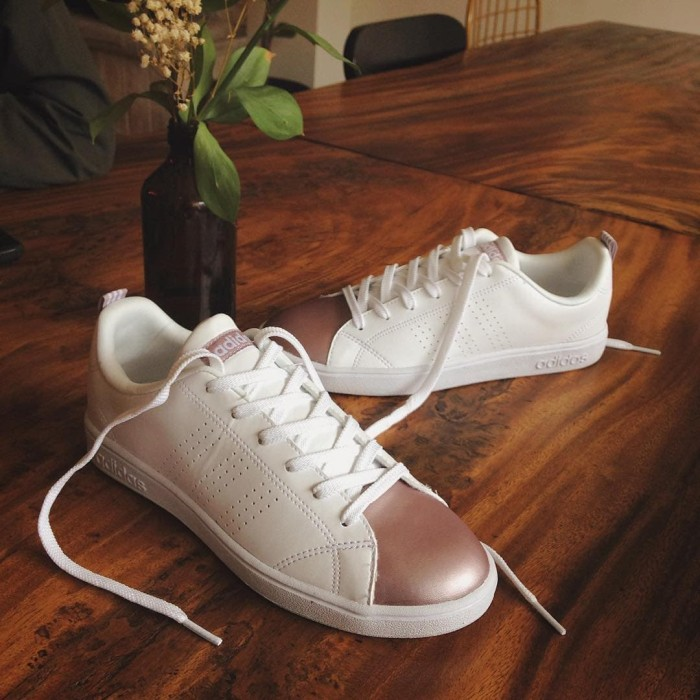 be284e98199a sepatu ADIDAS Neo Advantage White Roshe Gold Original Indonesia - Putih Rose  Gold