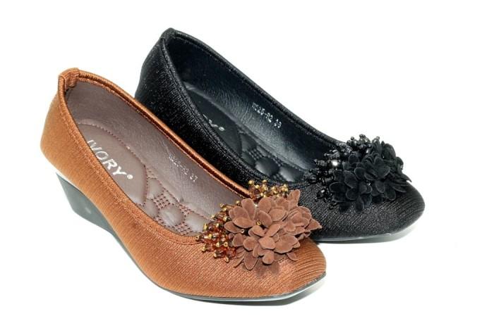 harga Sepatu wedges satin ivory w525-r1 Tokopedia.com