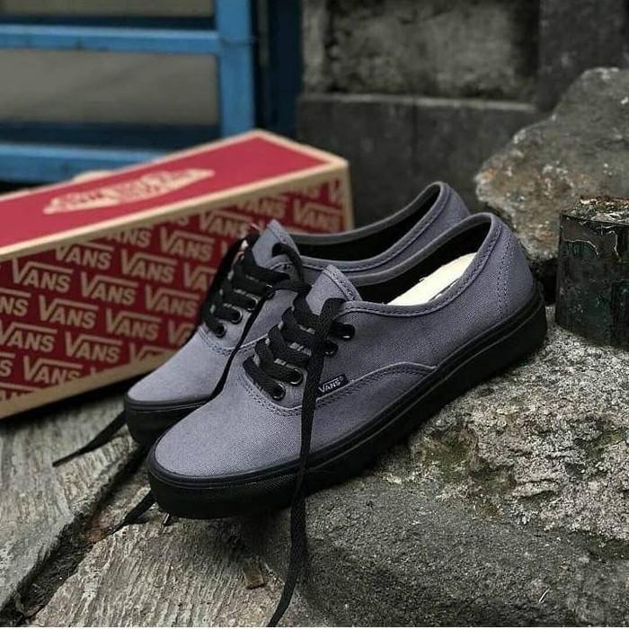 harga Sepatu vans authentic grey black man sneaker vans murah sepatu abu abu Tokopedia.com