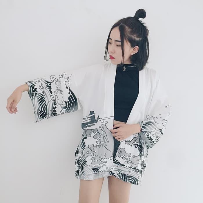 harga Costume loose kimono white japanese import national women yukata hq Tokopedia.com