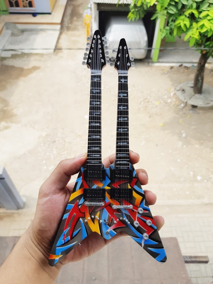 harga Miniatur gitar dean double neck flying v dave mustaine signature Tokopedia.com