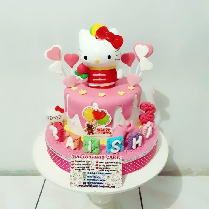 Jual Kue Ulang Tahun Hello Kitty Fondant Cake Jakarta Timur Novlauwcake Tokopedia