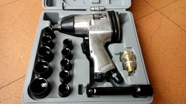 harga Air impact wrench kit 1/2' / mesin buka ban baut kompresor compressor