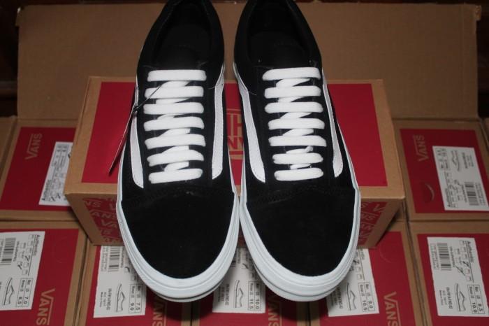 Sepatu Snaikers Vans Hitam Lis Putih - Daftar Harga Terlengkap Indonesia 1ce94d5699