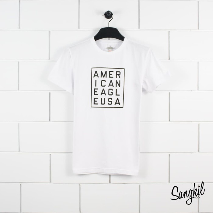 American eagle outfitters squere logo tee white