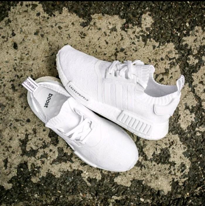 db3bf3ebe Jual Sepatu Adidas Nmd R1 Japan All Black. Full White Premi Diskon ...
