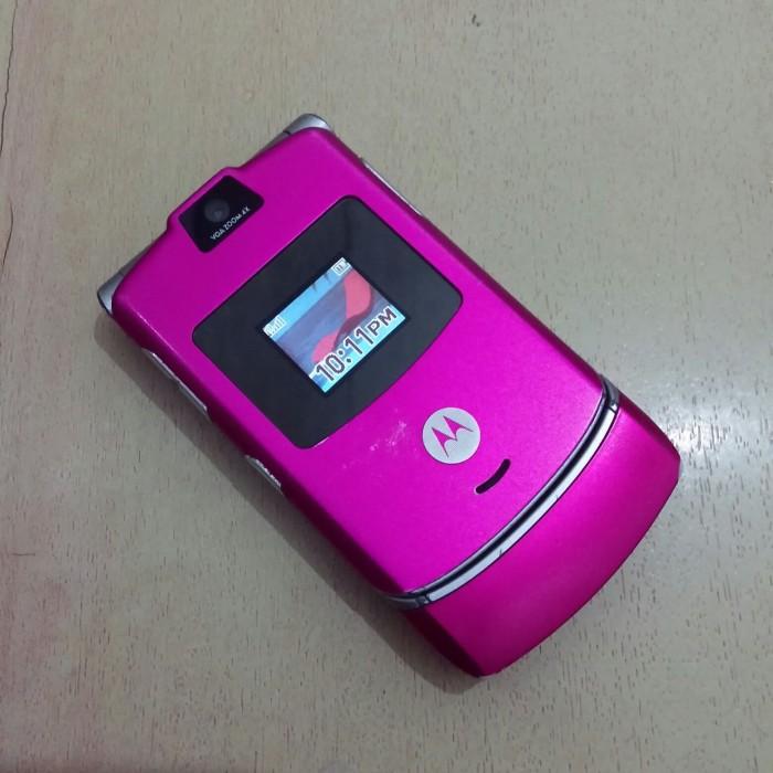 Foto Produk HP Motorola Razr V3 Pink Normal Batangan dari Awaluddin