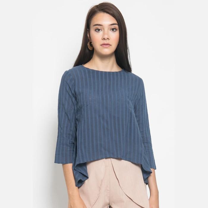 Foto Produk Sophistix Atasan Stripe Lengan 3/4 Dalam Warna Biru - Biru, S dari Sophistix Official Store