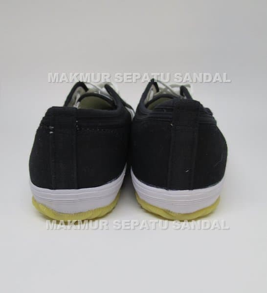 Sepatu Capung - Kodachi 8111 - Hitam Putih