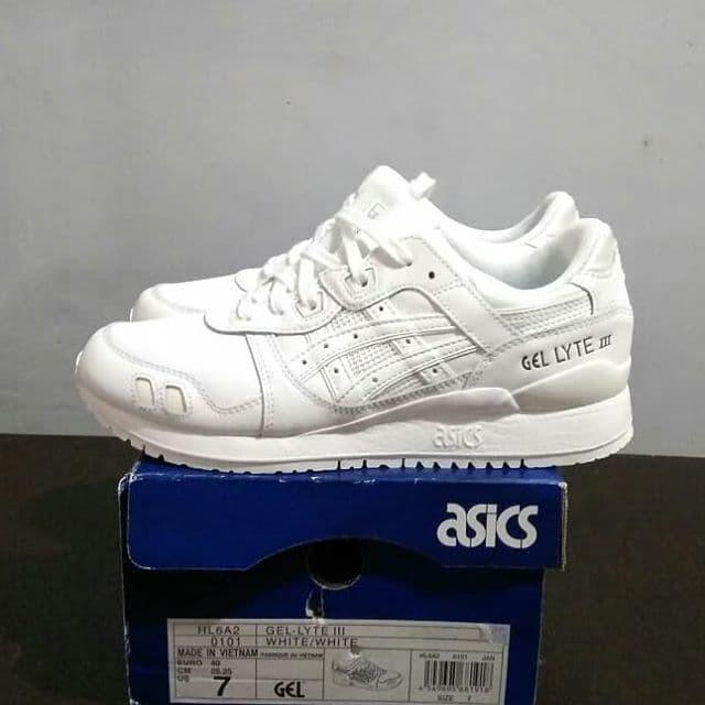 new concept 06096 88755 Jual Sepatu Asics Gel Lyte 3 / HL6A2 White Original - Jakarta Selatan -  blaulionstore | Tokopedia
