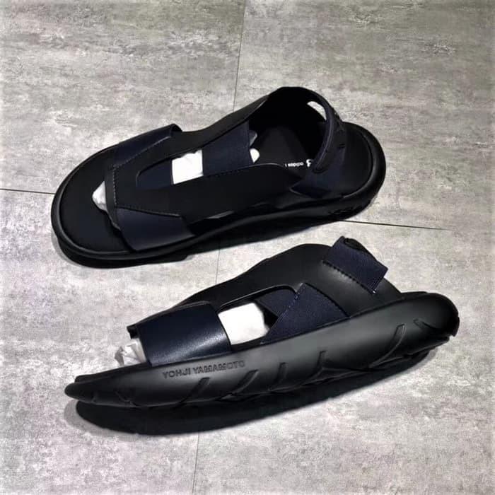 740dd11fc Jual BARU Sepatu Sandal ADIDAS Sandal Y3 Qasa Elle Yohji Yamamoto ...