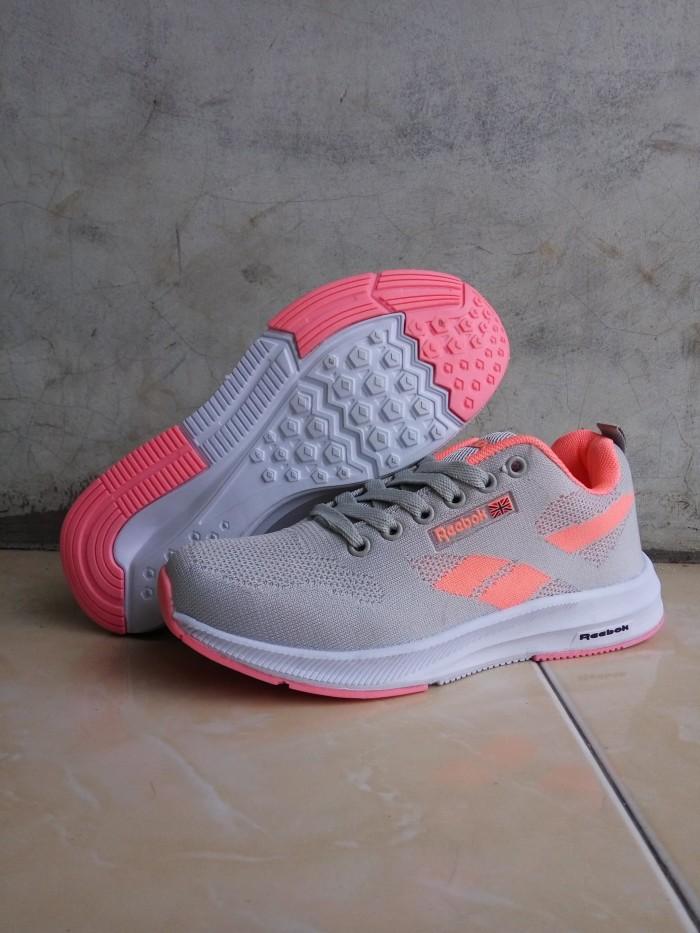fc937ada349 Jual sepatu reebok cewe cek harga di PriceArea.com