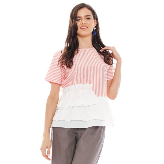 harga Sabrina ruffle top in pink - beatrice clothing Tokopedia.com