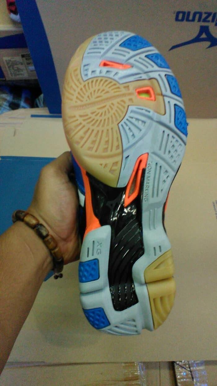 Jual TERMURAH Sepatu Sepatu Mizuno Wave Tornado 9 Low Premium ... 5d7b8cc3dd