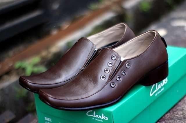 sepatu formal kerja pria sepatu murah kulit asli clark kerja brown new ff74b0264a