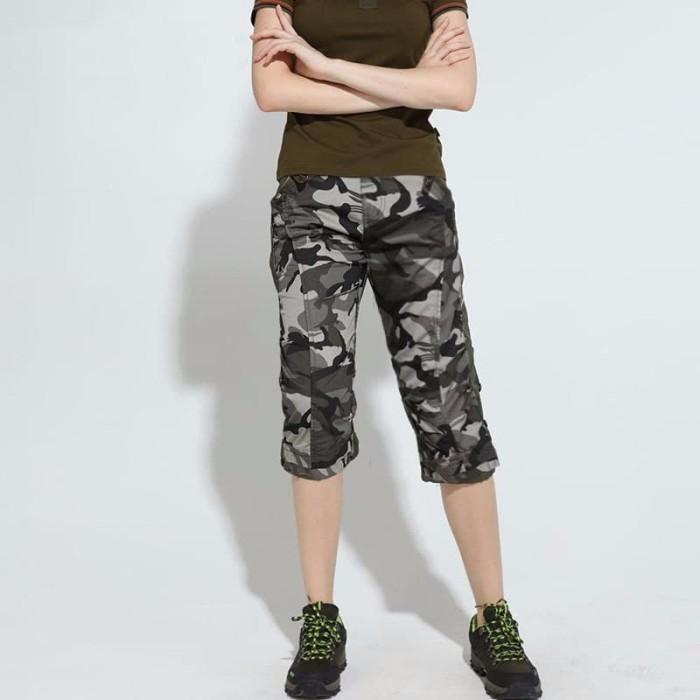 harga Georgia okechuku celana cargo wanita sporty 3/4 motif army loreng Tokopedia.com