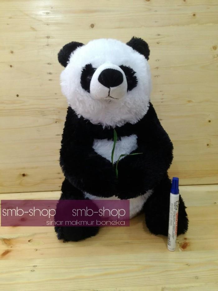 Boneka anak panda pegang daun rasfur lucu    e33954dc0d