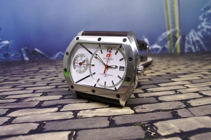 harga Jam tangan swiss army kulit cokelat sa9622m dual time original Tokopedia.com
