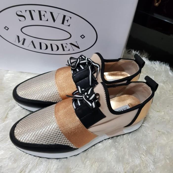4e6aa861574 Jual Sepatu steve Madden original / antics jogger sneakers rose gold - DKI  Jakarta - girls_shop23 | Tokopedia