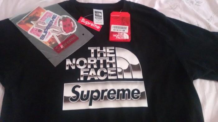 dbb618519 Jual SUPREME X THE NORTH FACE Metallic logo t-shirt ORIGINAL Limited ! -  Kota Serang - king of fashion | Tokopedia