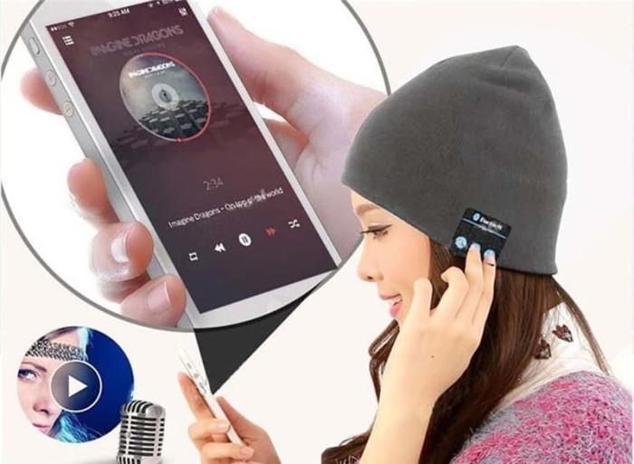 harga Topi kupluk bluetooth knit with handsfree headset calls - kupluk bt Tokopedia.com