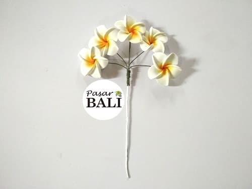 Jual Aksessories Rambut Rangkaian Tusuk Bunga Kamboja Atau Jepun 5 Bunga Kab Badung Pasarbali Tokopedia