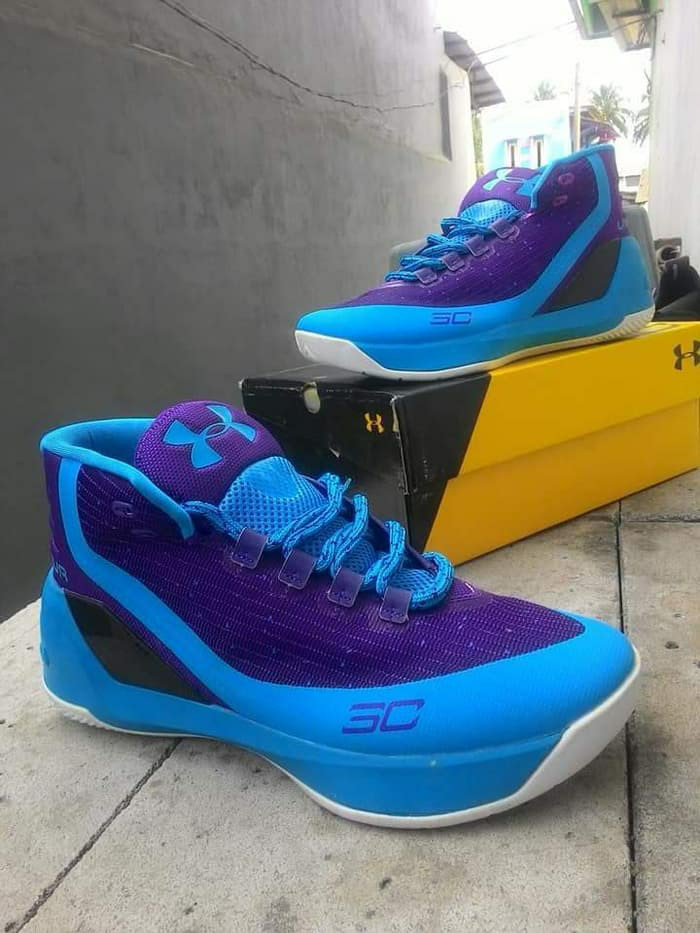 ed956276867 Jual sepatu basket under armour curry 3 low anti licin dan awet ...