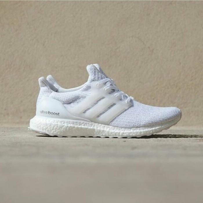 Jual adidas ultra boost 3.0 white for unisex Berkualitas DKI Jakarta putrashop1 | Tokopedia