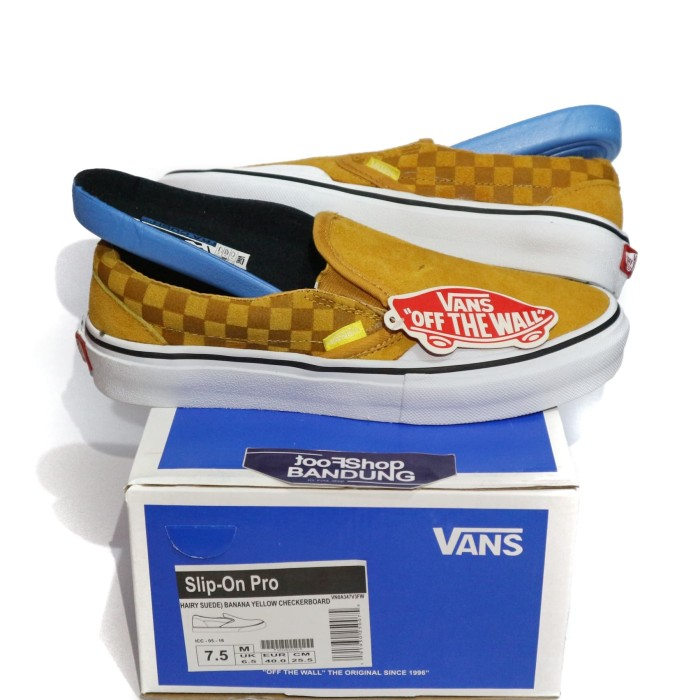 f0762105dffa77 Jual Sepatu Slip On Vans Hairy suede Checkerboard Banana Yellow ICC ...