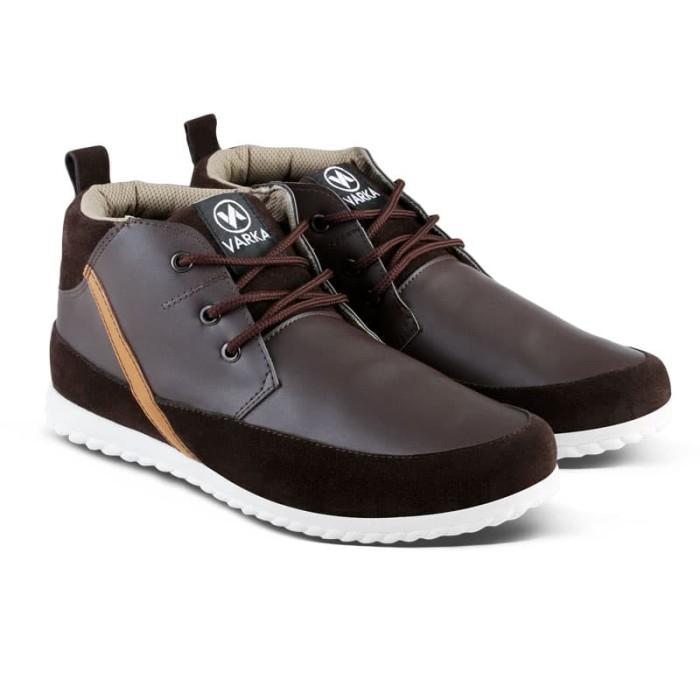 harga Sepatu Sneakers Pria Varka V 133 Sepatu Boots Kasual Santai Kerja Blanja.com