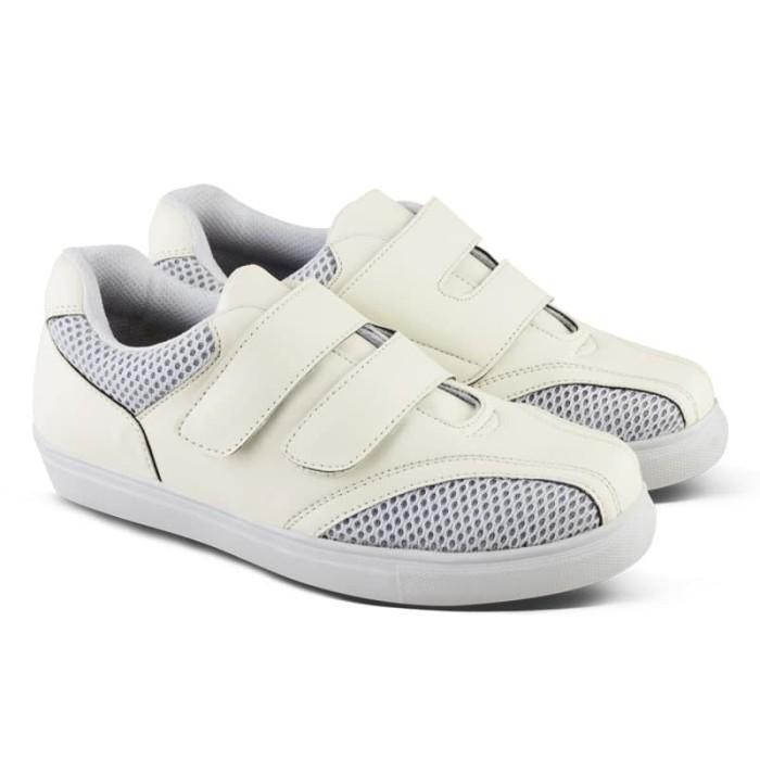 Sepatu Kets Sneaker Wanita Q   Putih - Daftar Harga Terlengkap Indonesia eb9e2ccadf