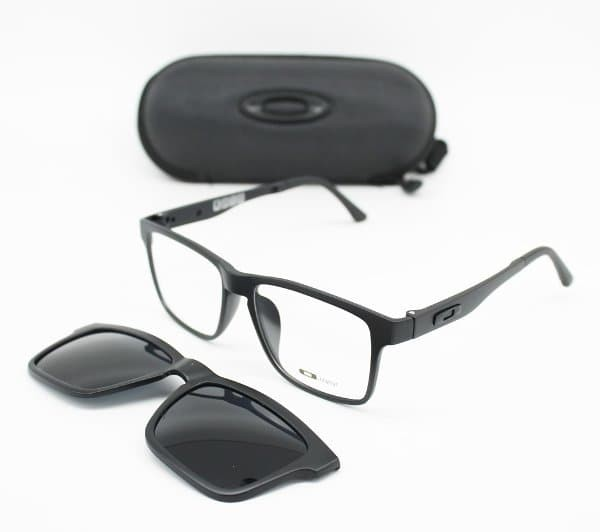 Diskon Kacamata Oakley Clip On 5 Lensa 2256 Termurah - Daftar Harga ... c0e035cbe9