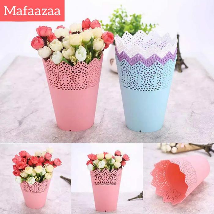 Jual Pot bunga plastik hias renda vas bunga - toko bunga kecil ... b0aea33ae0