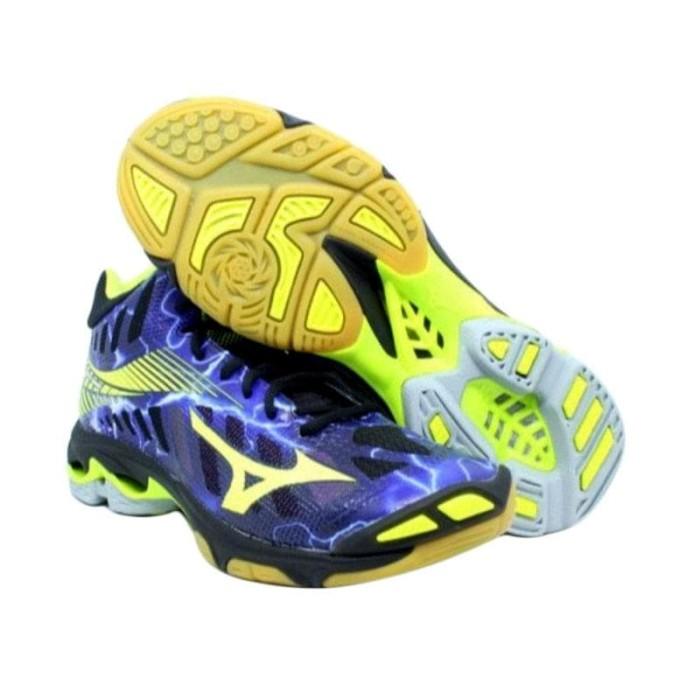 Jual Sepatu Volly Voli Mizuno Original Wave Lightning Z4 Mid Hitam ... 947fe664b0