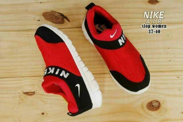 Free Sale !!! Sepatu Murah Women Sport Nike Slop Red Black Sol White - Merah