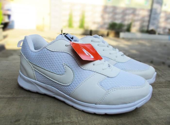harga Sepatu sports running nike full white size 36 - 40 plus box Tokopedia.com