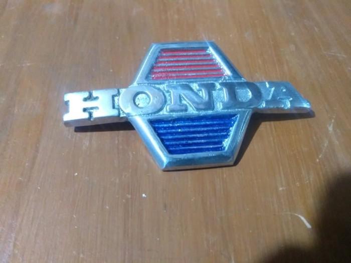Emblem leg shield FRONT COVER Honda 70 C70