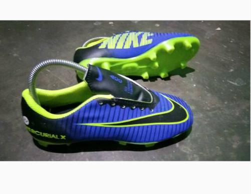 harga Paket komplit sepatu tas kakos kaki deker sepatu bola adidas anak Tokopedia.com