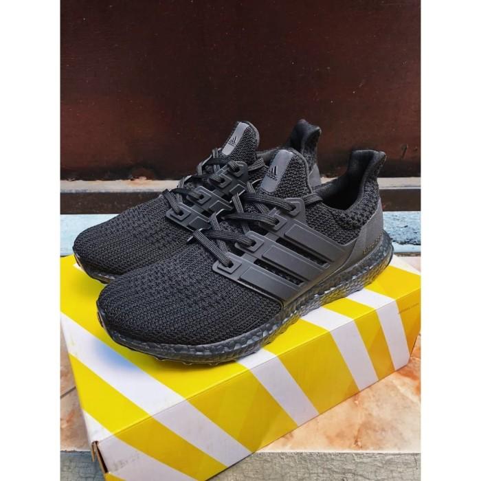 3264a9d07 Adidas ultraboost ultra boost 4.0 triple black perfect 98% original