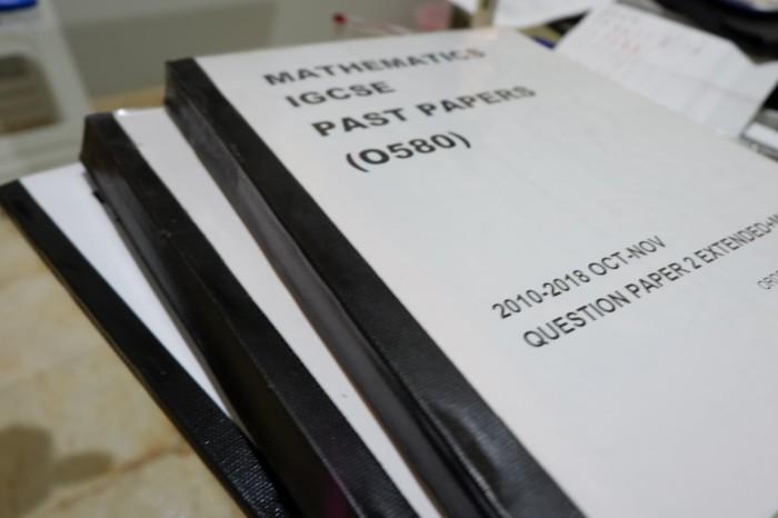 Jual PHYSICS + MATHS IGCSE Past Papers  Paket Lengkap 2010-2018 All Papers  - DKI Jakarta - Mr  Smart | Tokopedia