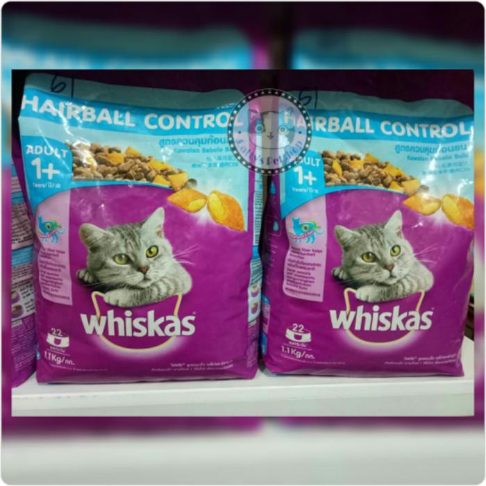 Makanan Kucing Cat Food Whiskas Adult Hairball Control 11Kg