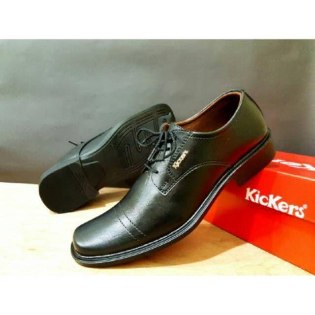 Jual Sepatu Kickers Pantofel Kulit Swedia Pakai Tali Warna Hitam